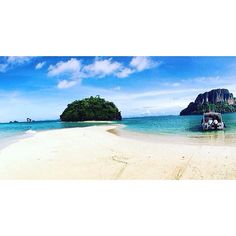 Tup Island  Early in the morning it's possible to walk over a sandbar between Tup and Mor Isalnd! Later in the day you cannot see the sandbar anymore  just the beautiful ocean ! #aonang#thailand#bootstrip#krabi#fourislandtour#walkingsandbar#morisland#wonderfultime#amazingview#waves#travel#tupisland#islandhopping#ocean#picoftheday#aroundtheworld#snorkeling#swimming#fantastic#lovelife#boat#beach#bluegreen#boattrip#nature#wonderfultime#travelaroundthailand#travelgram#seetheworld#wanderlust by…