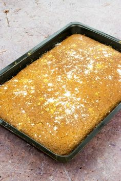 low syn -sticky gingerbread traybake - slimming world - christmas - recipe - healthy - cake - baking astuce recette minceur girl world world recipes world snacks Slimming World Pancakes, Slimming World Deserts, Slimming World Puddings, Slimming World Recipes Syn Free, Slimming World Diet, Slimming Eats, Baked Oats Slimming World, Slimming Word, Healthy Christmas Recipes