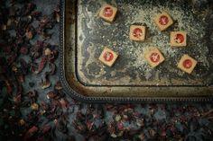 Bonbon de foie gras et gelée d'hibiscus #Traiteur #Caterer #Bouchée