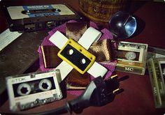 Broche 'Old School'    http://es.dawanda.com/product/37894273-Broche-Old-School#