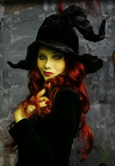 """Cool Scary Witch Makeup For Halloween Makeup Ideas For Halloween…""""gothic Lace Witch Costume""""…not Sure How I Should Do My Makeup Though… . Witch Makeup, Scary Makeup, Zombie Makeup, Skull Makeup, Scary Witch, Wicked Witch, Real Witches, Beltane, Maquillage Halloween"""