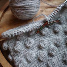 Gratis breipatroon voor een nopjessjaal - Freubelweb :Freubelweb