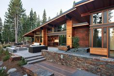 Elegant Image of Mountain Home Design Ideas. Mountain Home Design Ideas Rustic Mountain Home Designs Fascinating Ideas Decor House Plans Chalet Modern, Modern Mountain Home, Mountain Homes, Mountain Cottage, Design Home Plans, Plan Design, Style At Home, Modern Wooden House, Modern Patio