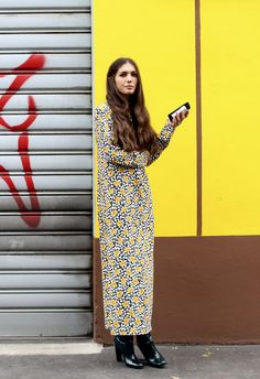 A flowery maxi dress spotted during Milan Fashion Week. (Photo: Lee Oliveira for The New York Times)