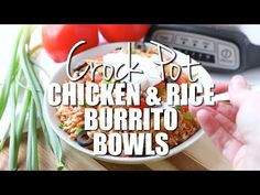 This Crock Pot Chicken and Rice Burrito Bowl has tons of flavor thanks to salsa and seasoning and only takes a few minutes of prep time. So easy! Slow Cooker Recipes, Crockpot Recipes, Country Cooking, Slow Cooking, Slow Cooker Ground Beef, Starbucks Pumpkin Bread, Chicken Burritos, Chicken Meals, Healthy Pumpkin Bread