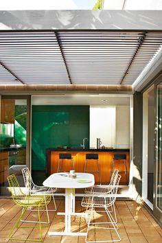 modernist-home-outdoor-entertaining-we