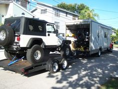 Krawler Hauler Towing a pair of Jeeps  #uhaul #boxtruck