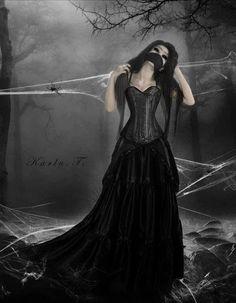 Entangled in a spiders Web. Gothic 4, Dark Gothic Art, Gothic Fantasy Art, Goth Wedding Dresses, Gothic Pictures, Picture Frame Art, Steampunk, Beautiful Dark Art, Arte Obscura