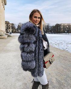 Modest Winter Women Real Fox Fur Vest Female Genuine Fox Fur Coat Leather Jacket Warm Lady Natural Fox Fur Waistcoat Free Shipping Wide Varieties Women's Clothing