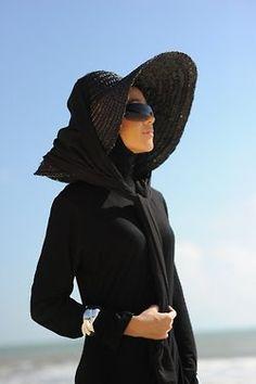 0e8de7662d5 Dubai Fashionista Dubai Fashionista