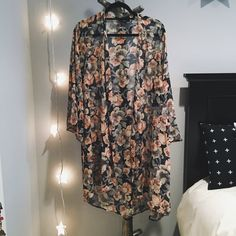 Sheer Floral Kimono Flowy sheer kimono in floral boho print. Lightly worn, probz only 2-3 times. Blush rose color. Audrey Jackets & Coats