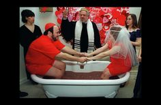 Funny Wedding Pictures: 15 of the Ceremonial Worst - Team Jimmy Joe Crazy Wedding, Wedding Pictures, Outfits For Big Men, Awkward Wedding Photos, Bachelorette Party Supplies, Wedding Humor, Wedding Locations, Unique Weddings, Wedding Styles