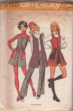 Simplicity 5155 Vintage 70's Sewing Pattern DANDY Mod Twiggy Scoop Neck Front Zippered Mini Jumper, Tunic Vest, Hot Pants Shorts & Pants, Vinyl Cargo Pockets