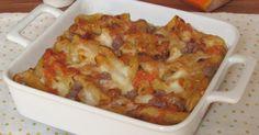 Come preparare la pasta al forno zucca e salsiccia, uno sformato di pasta con la zucca facile e saporito, con mozzarella filante e besciamella