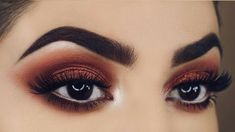 In order to transform your eyes and increase your good looks, finding the best eye make-up recommendations can really help. You want to make sure you put on make-up that makes you look even more beautiful than you are already. Simple Prom Makeup, Prom Makeup For Brown Eyes, Prom Eye Makeup, Black Eye Makeup, Natural Eye Makeup, Eye Makeup Tips, Cute Makeup, Smokey Eye Makeup, Gorgeous Makeup