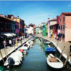Burano,Venecia.la cuidad de las casa de colores! Burano,Venecia. City of colorful houses