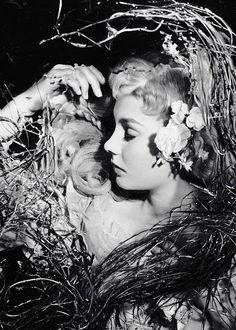 Jean Simmons as Ophelia in Hamlet (1948)