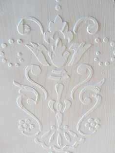 From Craftberry Bush: How-To on Embossed Venetian Plaster...using joint compound and mod podge