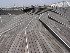 YOKOHAMA, INTERNATIONAL FERRY TERMINAL by tulipunk, via Flickr Landscape Stairs, Landscape Architecture Design, Urban Landscape, Exterior Stairs, Outdoor Stairs, New Community, Wooden Decks, Yokohama, Urban Planning