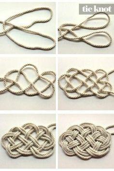 nautical rug   DIY Nautical Rope Rug http://pinterest.com/pin/21251429464282827/