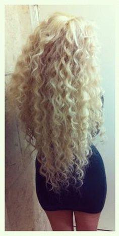 long hair / blonde / medium to thick hair / extremely curly- would love my hair like this!