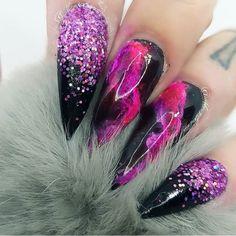 nail colors for summer - Summer Nail Purple Ideen Funky Nail Designs, Pretty Nail Designs, Nail Art Designs, Nail Swag, Lip Art, Black And Purple Nails, Funky Nails, Beautiful Lips, Glitter Nail Art