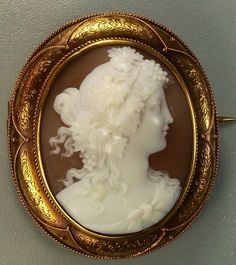 """""""Bacchante"""" - Sardonyx Shell Cameo Mounted In 15k Gold - (Cameo) Italy (Frame) English Circa 1850"""
