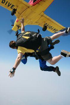 skydiving darren styles