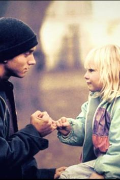 i cant stand how cute this is, i wanna give eminem a hug <3