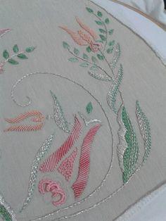 El Nakışı Brazilian Embroidery, Blackwork, Needlework, Embroidery Designs, Elsa, Handmade, Embroidery Alphabet, Dressmaking, Embroidery