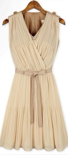 v neck pleated dress