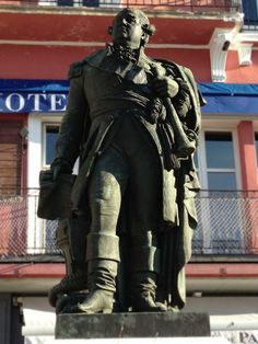 Statue in Saint Tropez