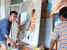 liu xiaodong artist | Liu Xiaodong is painting at his friend's home [photo:cribeyondbeijing ...
