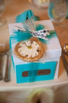 1000 images about round the clock shower on pinterest for Around the clock bridal shower decoration ideas