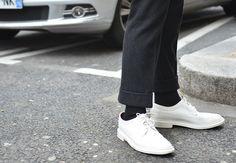 Tommy Ton at Paris Fashion Week Fall Men's Street Style: Trendy Mens Fashion, Mens Fashion Shoes, Gq Usa, Derby, Tommy Ton, Men Street, Paris Street, Oxford White, Sartorialist