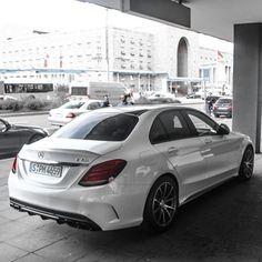 drivingbenzes: Mercedes-Benz C 63 AMG (Photo by Fabian Baege) If you like it share it. Mercedes C Class Coupe, Mercedes Benz Sports Car, Mercedes Benz S550, Mercedes Benz Models, V Rod, New Luxury Cars, Luxury Vehicle, Amg Car, C 63 Amg