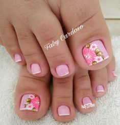 Pink and floral French pedicure. Pretty Toe Nails, Cute Toe Nails, Fancy Nails, Toe Nail Art, Gorgeous Nails, Trendy Nails, Diy Nails, Gel Nail, Nail Polish
