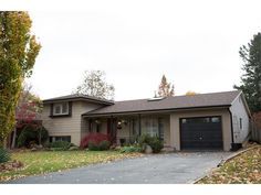 108 PUSEY Boulevard Brantford,Ontario - http://suttonteamrealty.ca/property/108-pusey-boulevard-brantfordontario/ - #suttonteamrealty #brantfordrealestate #realestate #justlisted