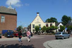 """Winsum; """"de gouden karper"""", oudste herberg van Nederland."""