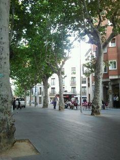 Sant Boi de Llobregat en Barcelona, Cataluña City Scene, Street View, Exterior, Led, World, Photography, Barcelona Spain, Bass, Pintura