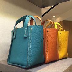 Fashion Handbags, Tote Handbags, Purses And Handbags, Fashion Bags, Leather Handbags, Tote Bags, Fab Bag, Leather Bags Handmade, Beautiful Bags