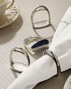 Napkin ring - a touch of class. This is a Derbyshire napkin ring set from Ralph Lauren. Equestrian Decor, Equestrian Boots, Equestrian Outfits, Equestrian Style, Equestrian Fashion, Style Masculin, Country Chic, Napkin Rings, Ralph Lauren