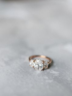 Stunning three stone diamond engagement ring: http://www.stylemepretty.com/little-black-book-blog/2016/04/01/modern-wedding-inspiration-with-chic-copper-touches/ | Photography: Luna de Mare - http://www.lunademarephotography.com/