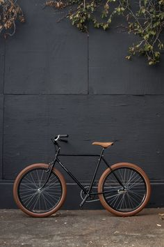 Cruiser - I like the color contrast, seat to tires to frame.