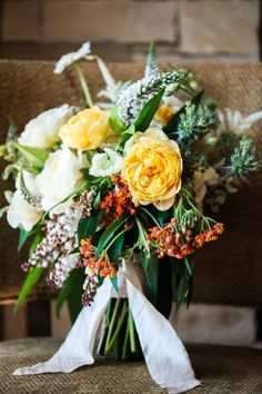 Loose fall bridal bouquet by http://www.sarahwinward.com/ | photography by www.pauljohnsonphoto.com/