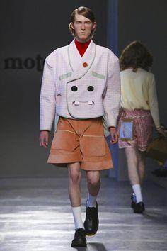 Moto Guo Menswear Collection Spring Summer 2017 in Milan