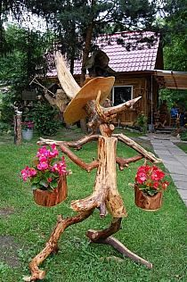 Twig Furniture, Driftwood Furniture, Driftwood Projects, Diy Garden Furniture, Driftwood Art, Garden Whimsy, Garden Deco, Garden Crafts, Garden Projects