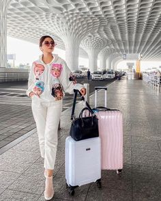 Airport Look, Airport Style, Airport Travel Outfits, Airport Fashion, Boho Outfits, Casual Outfits, Classy Summer Outfits, Fashion Dresses, Ootd Fashion