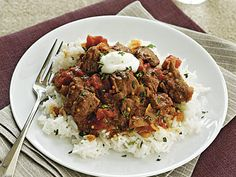 Indian Lamb Curry - A combo of tomato juice and flour creates a thick sauce. Serve with a piece of naan to sop up any extra. Lamb Recipes, Curry Recipes, Slow Cooker Recipes, Meat Recipes, Indian Food Recipes, Crockpot Recipes, Dinner Recipes, Cooking Recipes, Healthy Recipes