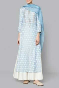 Shop Powder Blue Antarva Suit from Anita Dongre Look Fashion, Indian Fashion, Fashion Outfits, Eid Outfits, Kurta Designs, Blouse Designs, Dress Designs, Indian Attire, Indian Wear